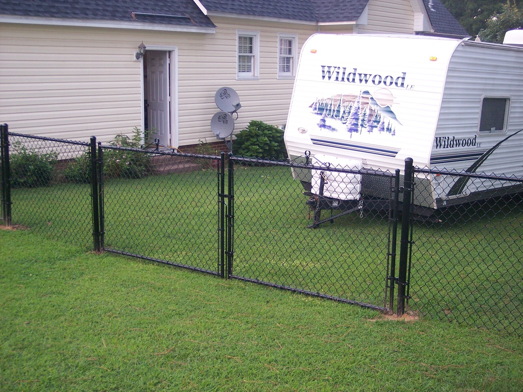Chain Link Fence Smelcer Fence Contractorsservicing Our Area Since 1985 910 425 1769